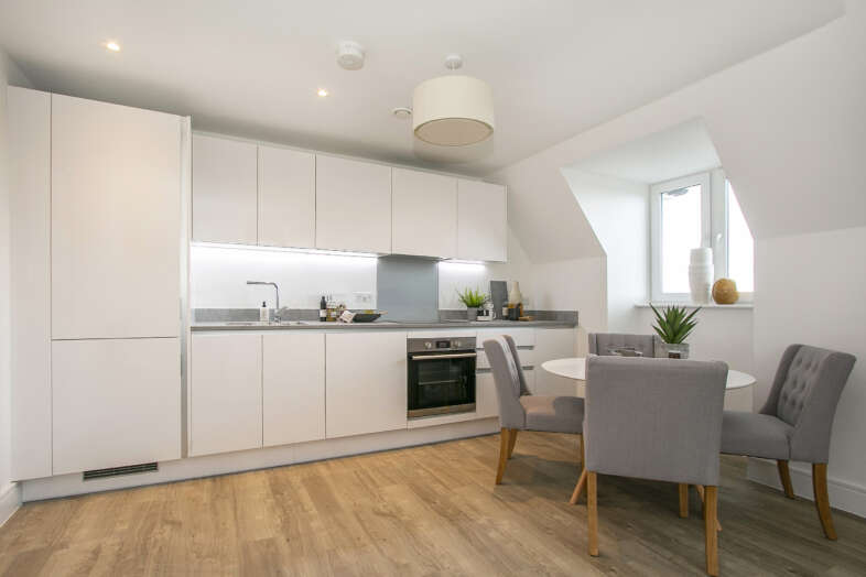 Kitchen lounge 4